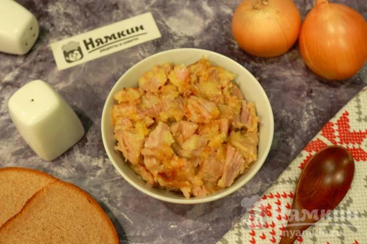 Свинина с луком на сковороде — тает во рту