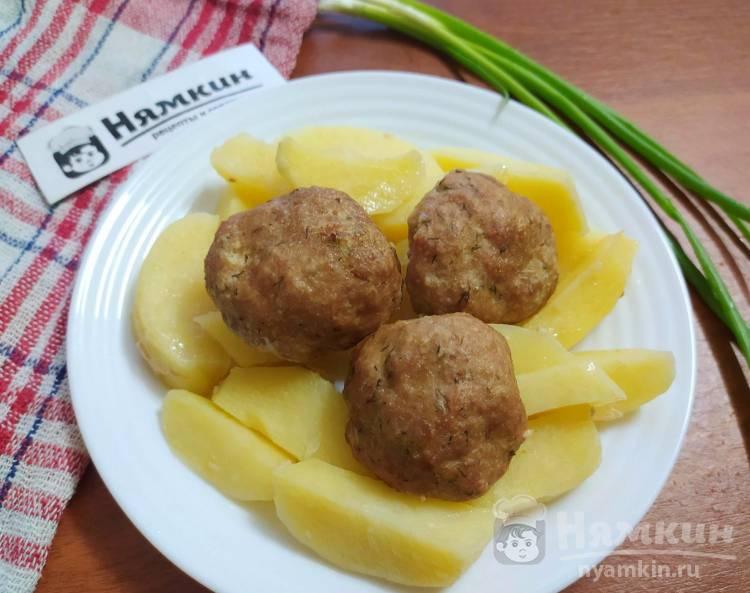 Мясные фрикадельки с картофелем в духовке