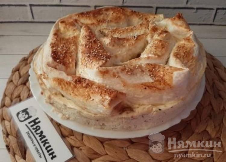 Пирог из лаваша с грибами, балыком и сыром
