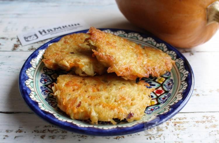 Тыквенно-картофельные оладьи на сковороде