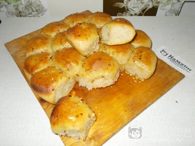 Сырно-чесночный отрывной хлеб на закваске