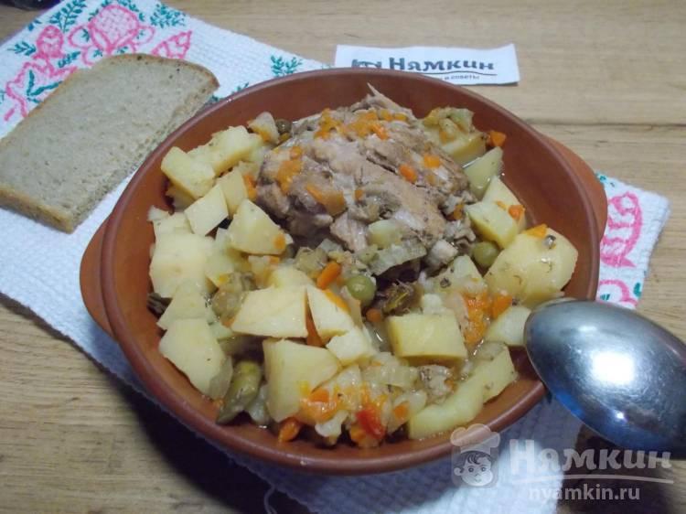 Свиные ребрышки с овощами томленые в горшочке в духовке