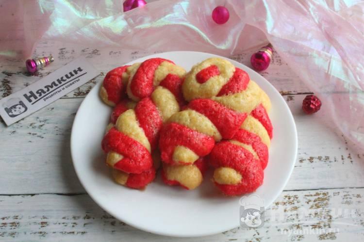 Новогоднее песочное печенье Сахарная трость