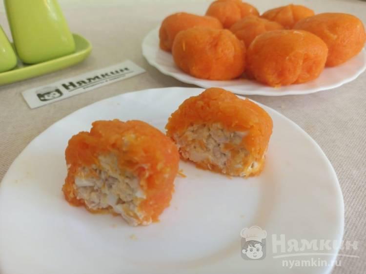 Мандарины из моркови, сыра и курицы - вкусная новогодняя закуска