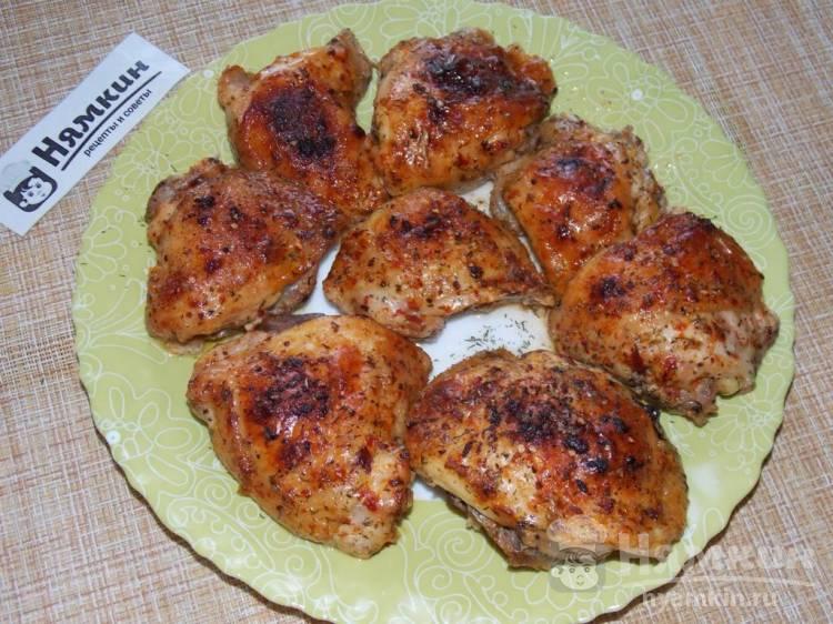 Куриные бедра в пикантном маринаде с персиковым джемом