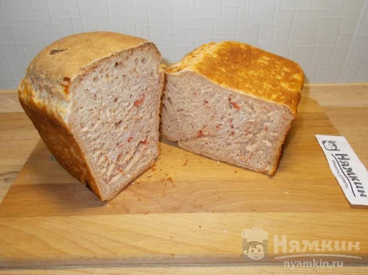 Хлеб на ржаной закваске с вялеными помидорами