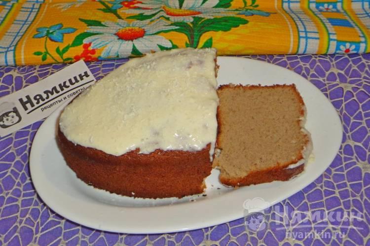 Кекс со сливочной помадкой и белым шоколадом