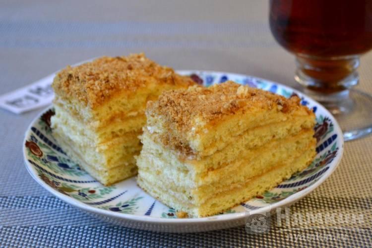 Бисквитный торт с заварным кремом на десерт