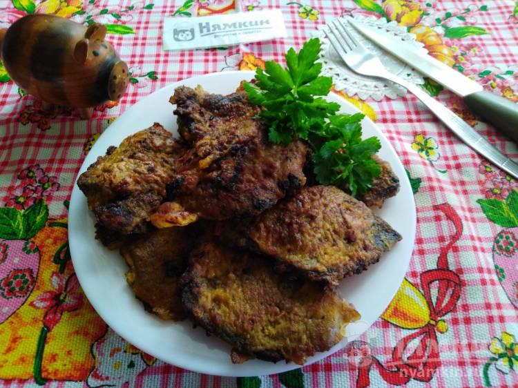 Печёночные отбивные из свиной печени в кляре на сковороде