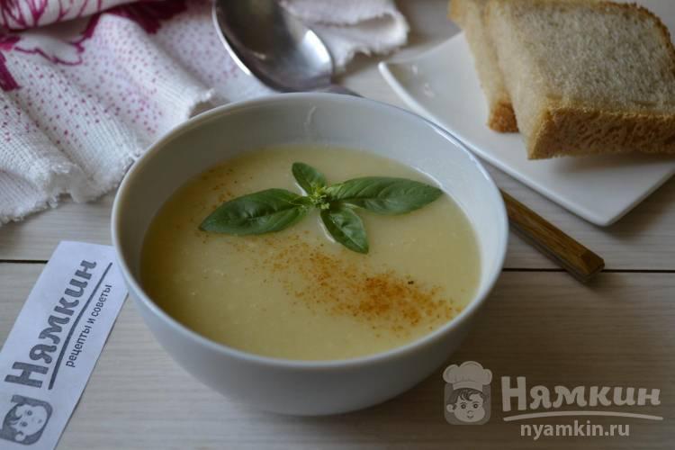 Суп-пюре на курином бульоне с тыквой и булгуром