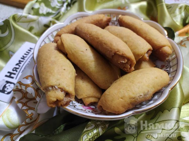 Печенье на кефире и растительном масле с ореховой начинкой