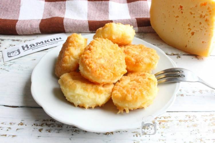 Быстрые сырные крокеты на сковороде