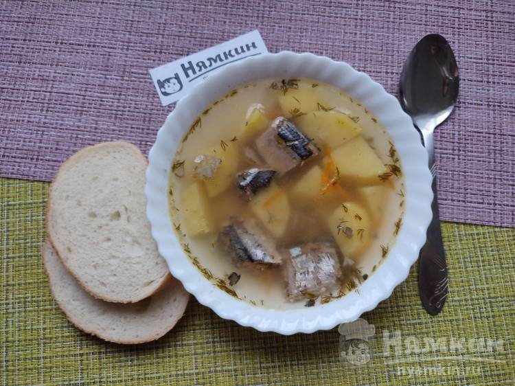 Суп из консервированной сайры с укропом в мультиварке